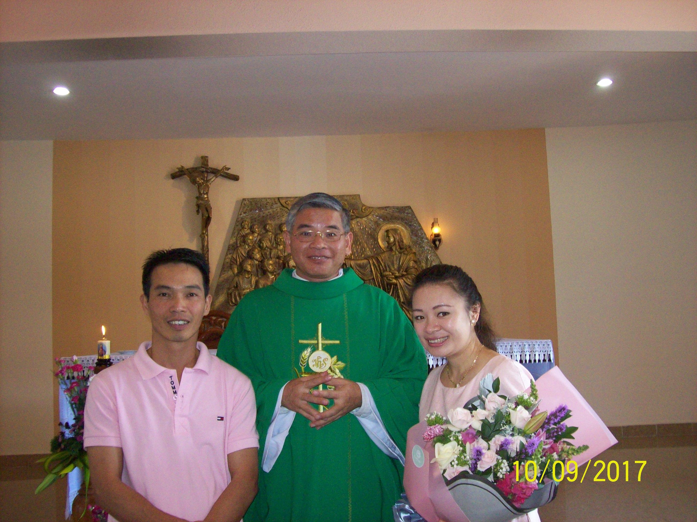 Mừng kỷ niệm HPNĐ gia đình anh chị Ngọc Vinh - Ngọc Thảo tại nhà thờ Minh Giáo ngày 10-09-2017